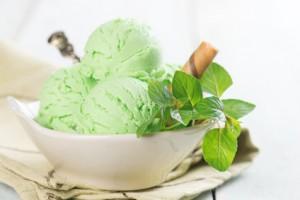 Cremiges Matcha Eis für echte Genießer